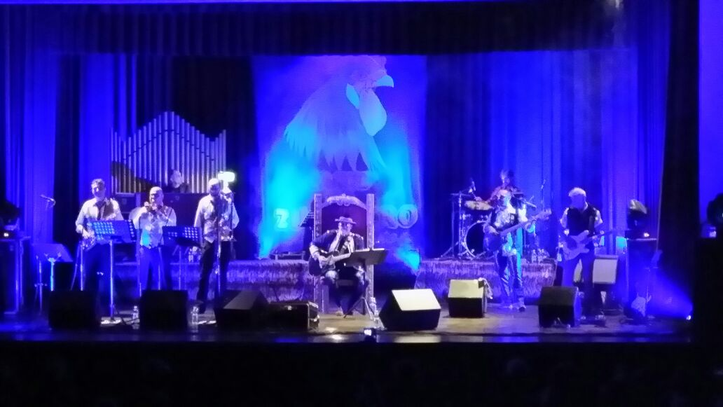 15 anni sul palco sognando Sugar